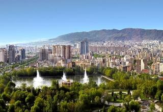 Panorama of Tabriz 1 320x220 - راهنمای سفر به تبریز و آشنایی با جاذبه های تاریخی و طبیعی تبریز