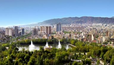 Panorama of Tabriz 1 384x220 - راهنمای سفر به تبریز و آشنایی با جاذبه های تاریخی و طبیعی تبریز