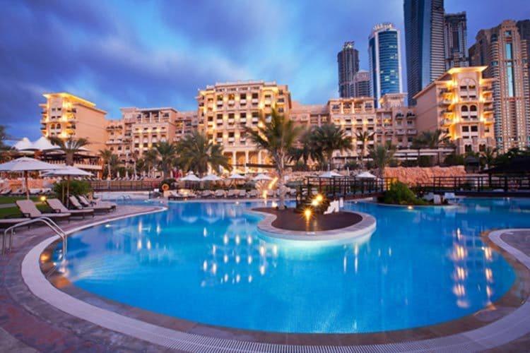 تجربه سفری ارزان و رویایی به دبی