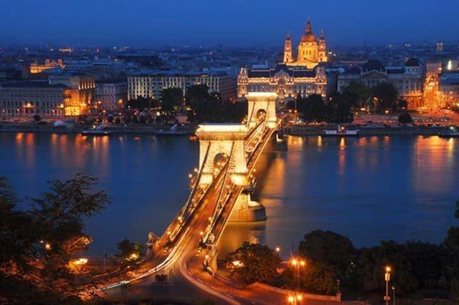 ۴ روز سفر بیادماندنی به بوداپست