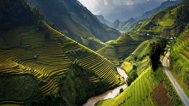 گشت و گذار در جنوب شرقی آسیا
