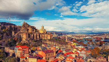bbd21e87648258c2508467408b4ba843 tsar voyages caucase tbilissi georgie 384x220 - راهنمای سفر به تفلیس و آشنایی با جاذبه های گردشگری تفلیس