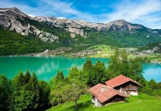 سفر به اینترلاکن، سوئیس و راهنمای جاذبه های آن