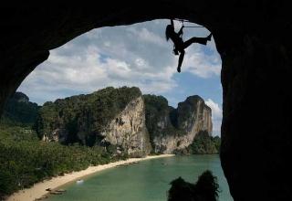 Railay 320x220 - معرفی 10 جاذبه برتر گردشگری تایلند