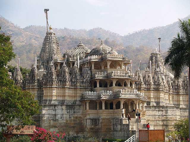 Ranakpur Temple - آشنایی با 7 معبد حیرت انگیز جین , هندوستان