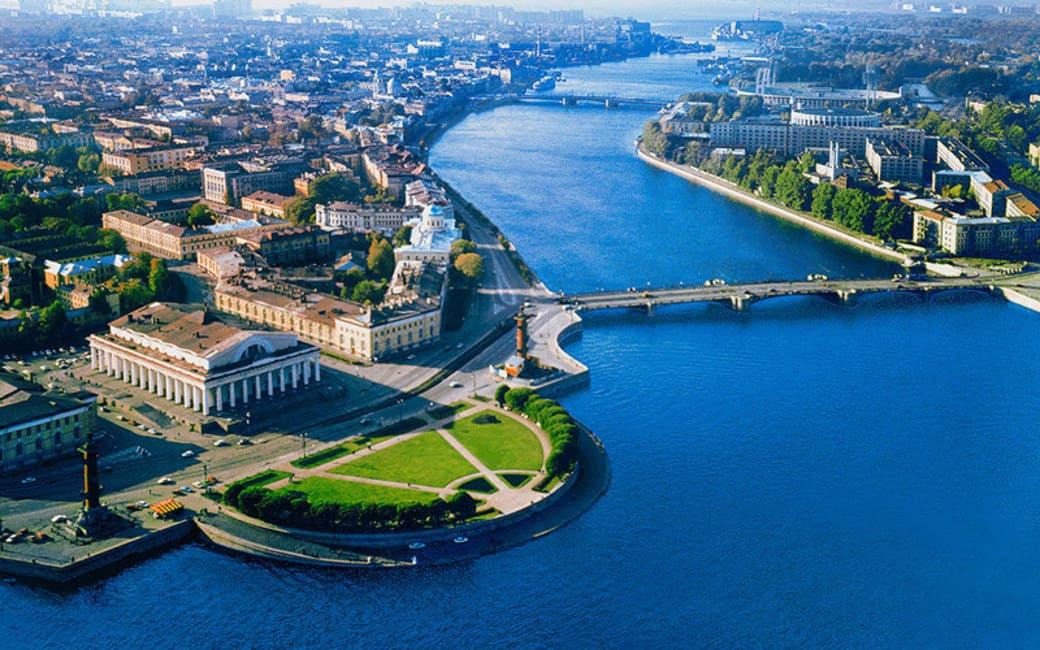 سفر به سن پترزبورگ در سه روز