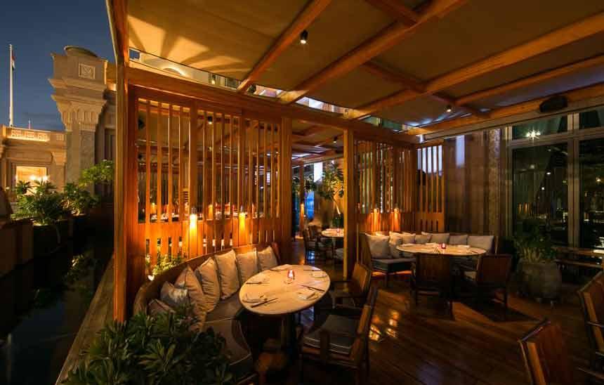 رستوران هاکاسان