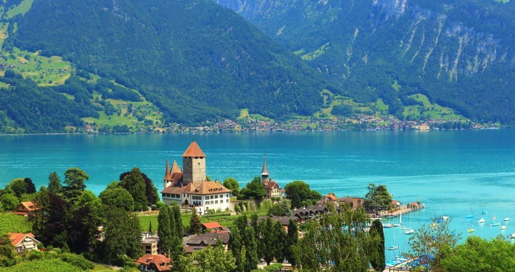 swiss alps sw 1024x540 - زیباترین شهرهای توریستی سوئیس | 14 شهر کوچک خوش منظره