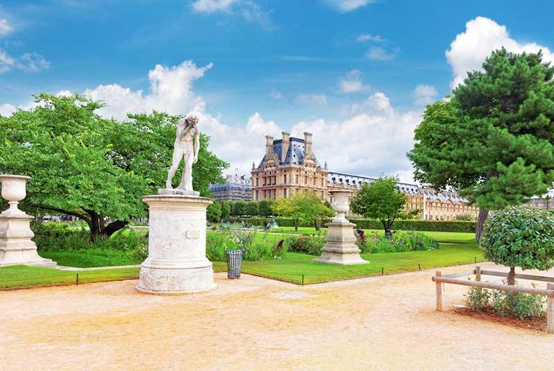 هم خانواده صلح باغ تویلری پاریس فرانسه ، یکی از زیباترین پارک های پاریس ...