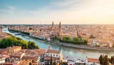 shutterstock 473295544 384x220 - 6 شهر برتر ایتالیا که باید قبل از مرگ ببینید !