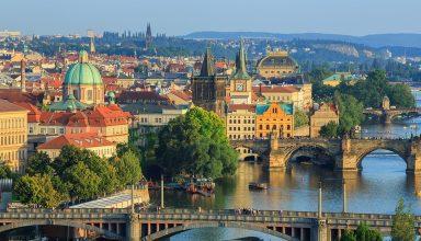 shutterstock 708478966 384x220 - بهترین و ارزان ترین مکان های اروپا برای مسافرت در تابستان