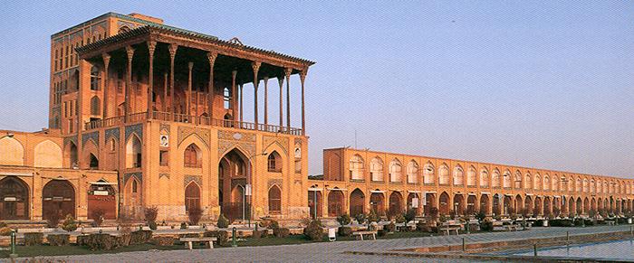 جاهای دیدنی اصفهان در فصل بهار