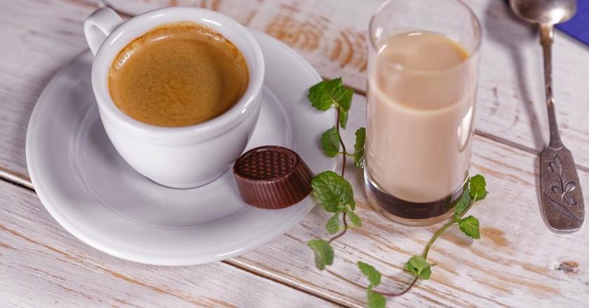 coffee 1159011 1920 1024x683 - بهترین کافی شاپ های وارنا ، بلغارستان | Varna