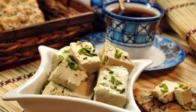 halva ardeh2 384x220 - بهترین سوغات یزد | Yazd