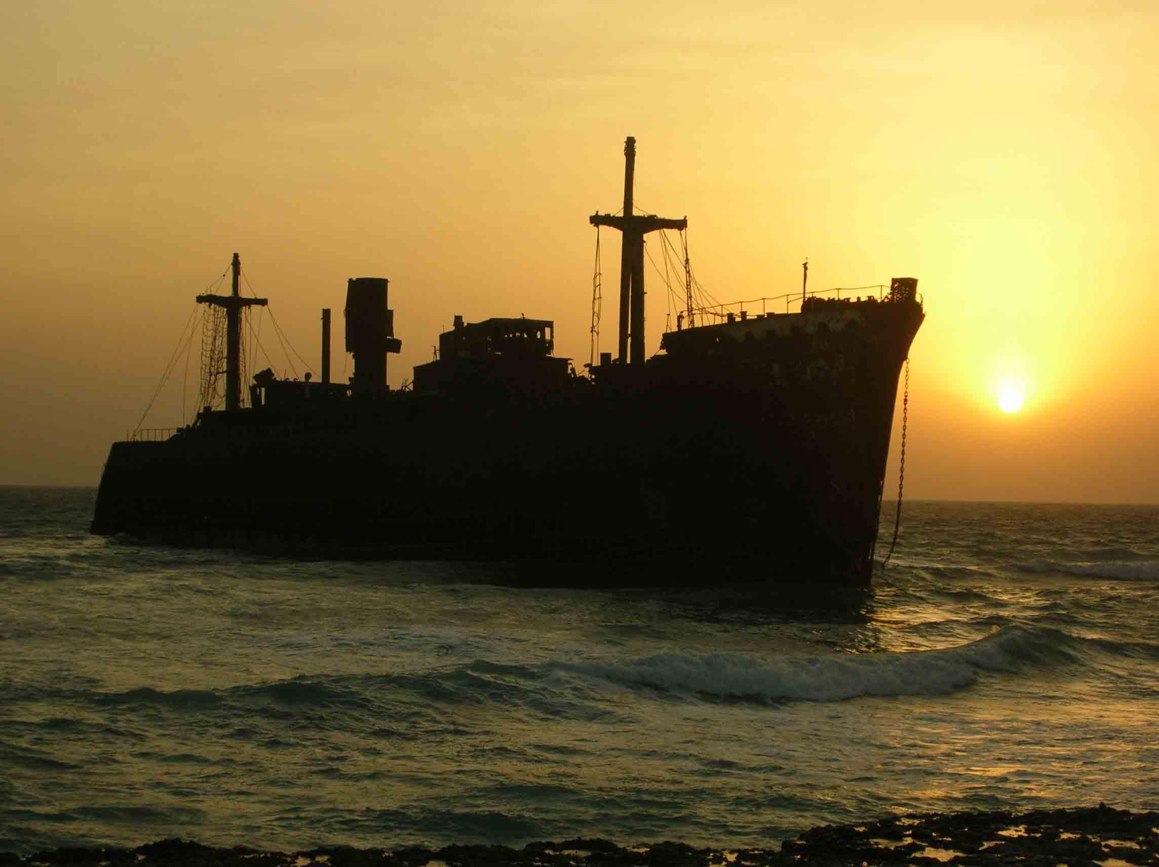 کشتی یونانی از دیگر جاذبه های کیش (Greek Ship in Kish)
