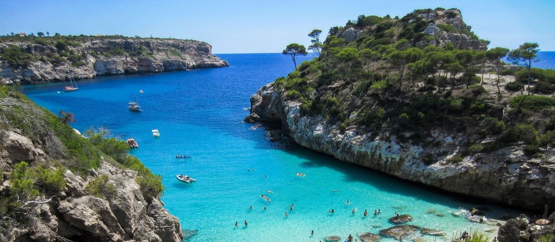 beach 2100369 1920 1 1240x540 - این کشور دارای بهترین سواحل در جهان است   Spain