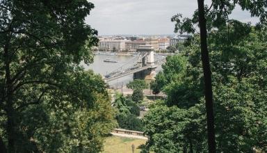 jctp0096 hilton budapest hungary komlosi 8 384x220 - گذراندن یک روز فوق العاده در بوداپست | Budapest