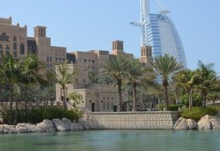 u a e 1154544 1920 320x220 - مدینه جمیرا ، یکی از پرطرفدارترین نقاط گردشگری دبی | Dubai
