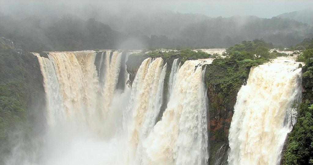 آبشار جاگ هند
