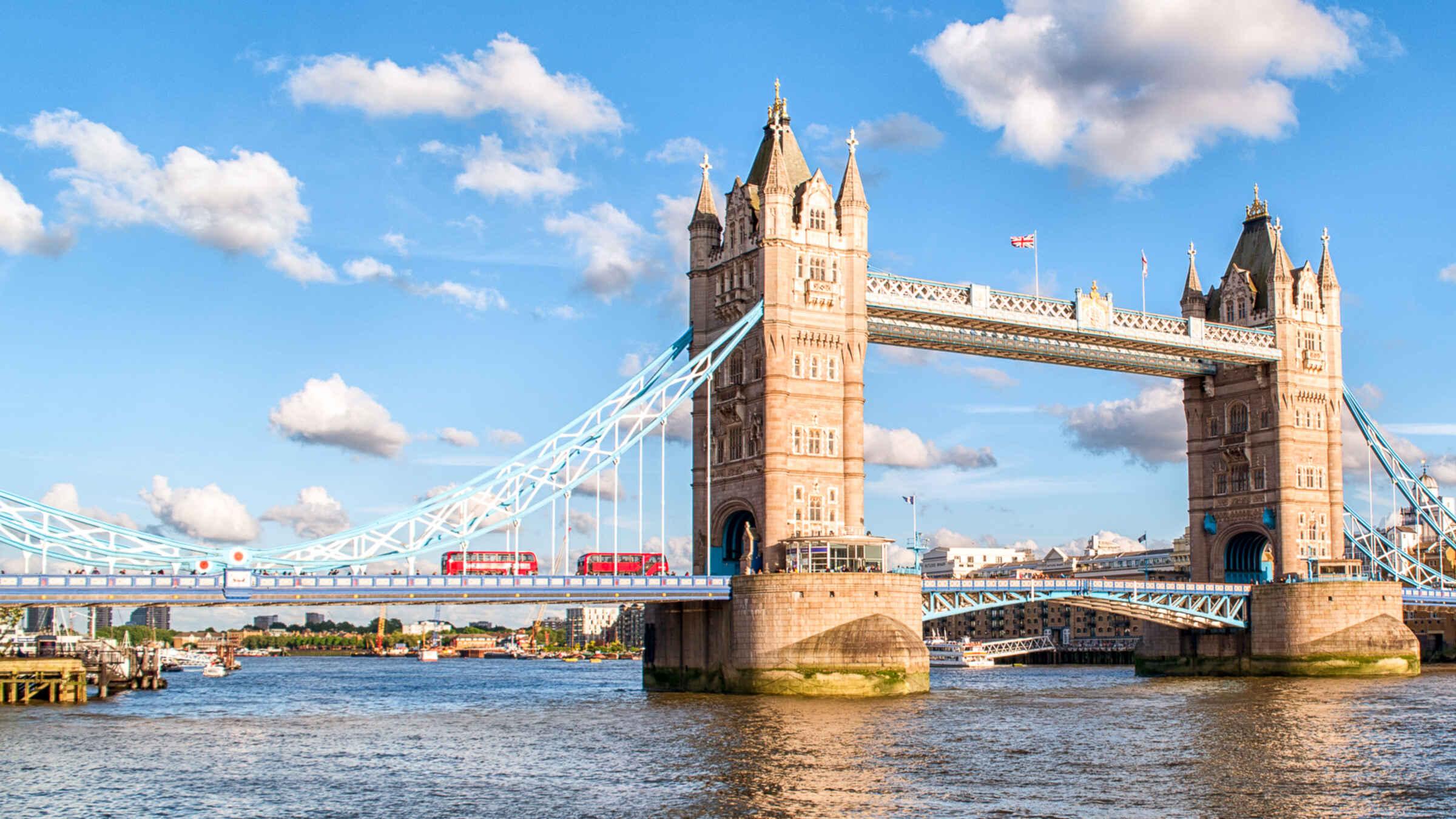 تاور بریج لندن ، مشهور ترین پل شهر لندن