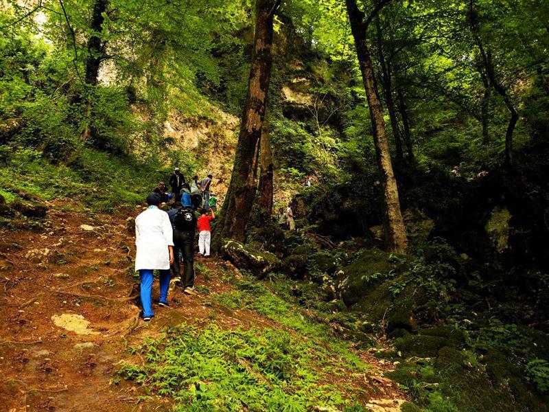 غار آبی دانیال مازندران