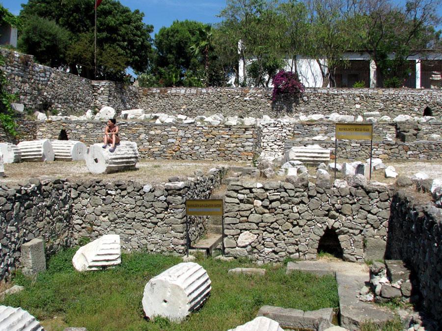 مقبره ماسولوس بدروم ترکیه