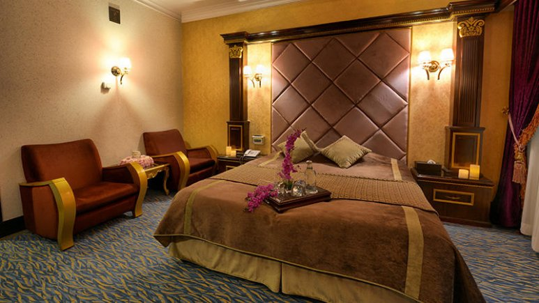 15696 - هتل بین المللی قصر مشهد
