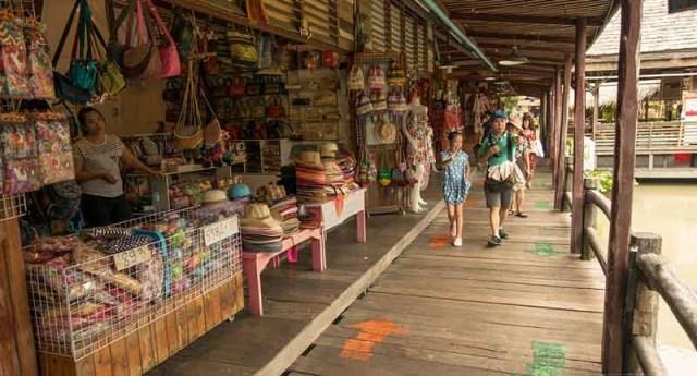 بازار شناور پاتایا تایلند