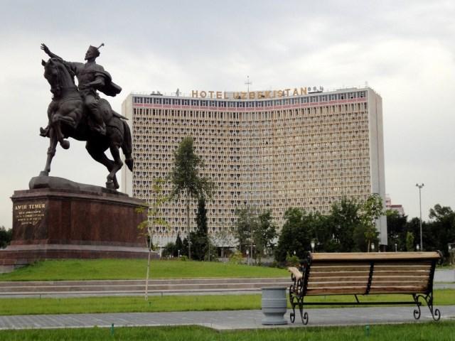 میدان امیر تیمور تاشکند ازبکستان