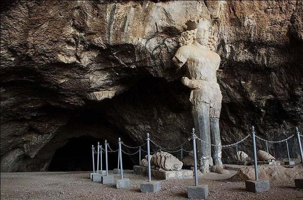 غار شاپور کازرون