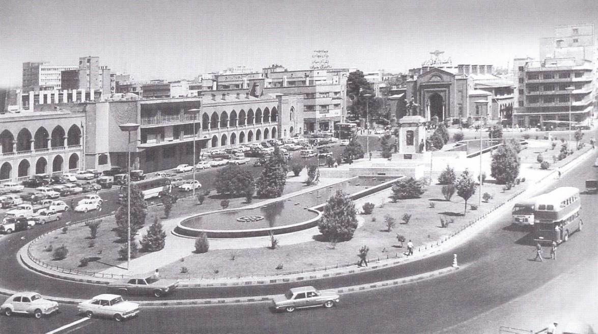 میدان توپخانه