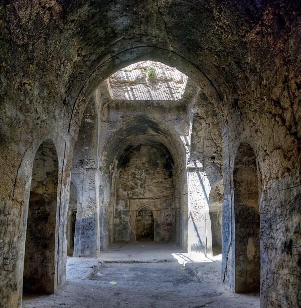 مسجد سنگی داراب