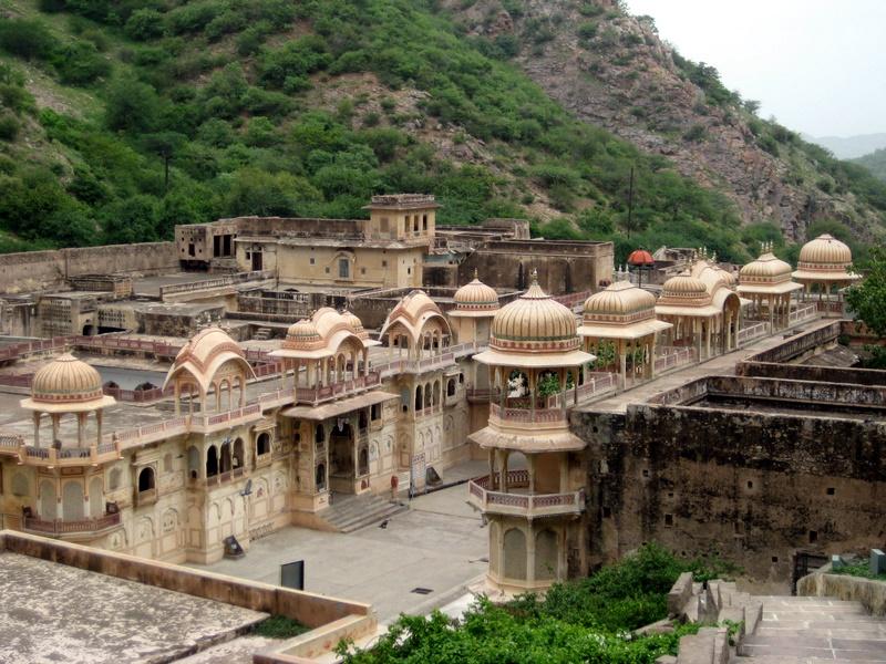 معبد گالتاجی