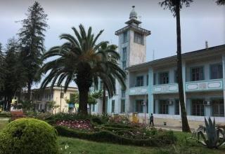 ساختمان شهرداری رودسر