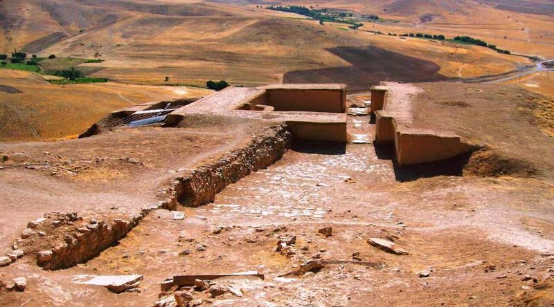 قلعه زیویه