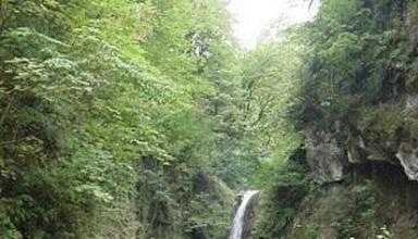 آبشار سیاه تاش املش