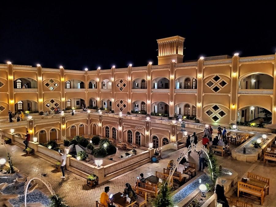 رزرو هتل های یزد و اصفهان در سایت رهی نو